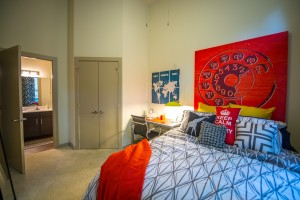 Student apartments at 33 North in Denton, Texas, have private bedrooms with in-room bathrooms.  [photo: Paul PhillipsPhotography]