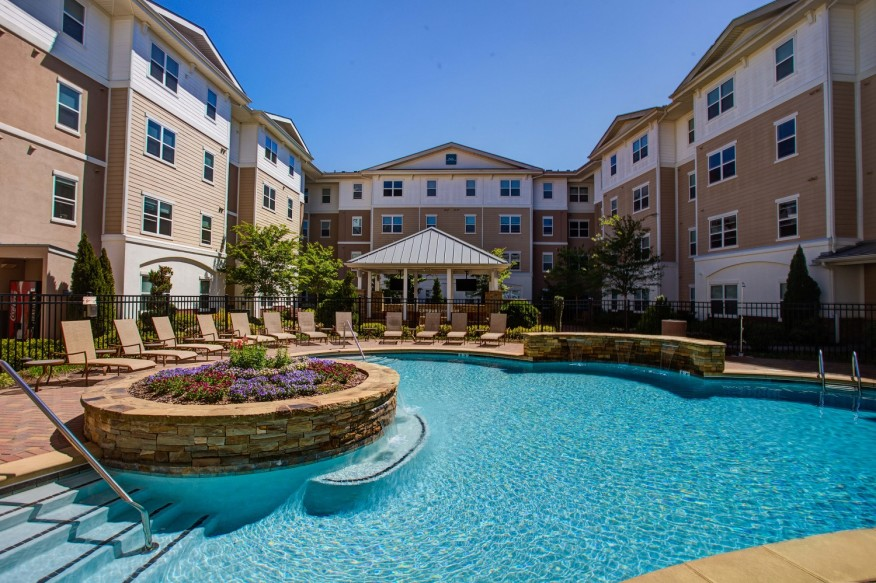 Residents of Campus Crossings' Briarcliff apartments in Atlanta enjoy a large outdoor pool. [photo:Courtesy Campus Apartments]